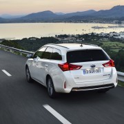 Toyota_Auris_Hybrid_Touring_Spor-43728