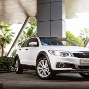 The-Qoros-3-City-SUV-1.6T