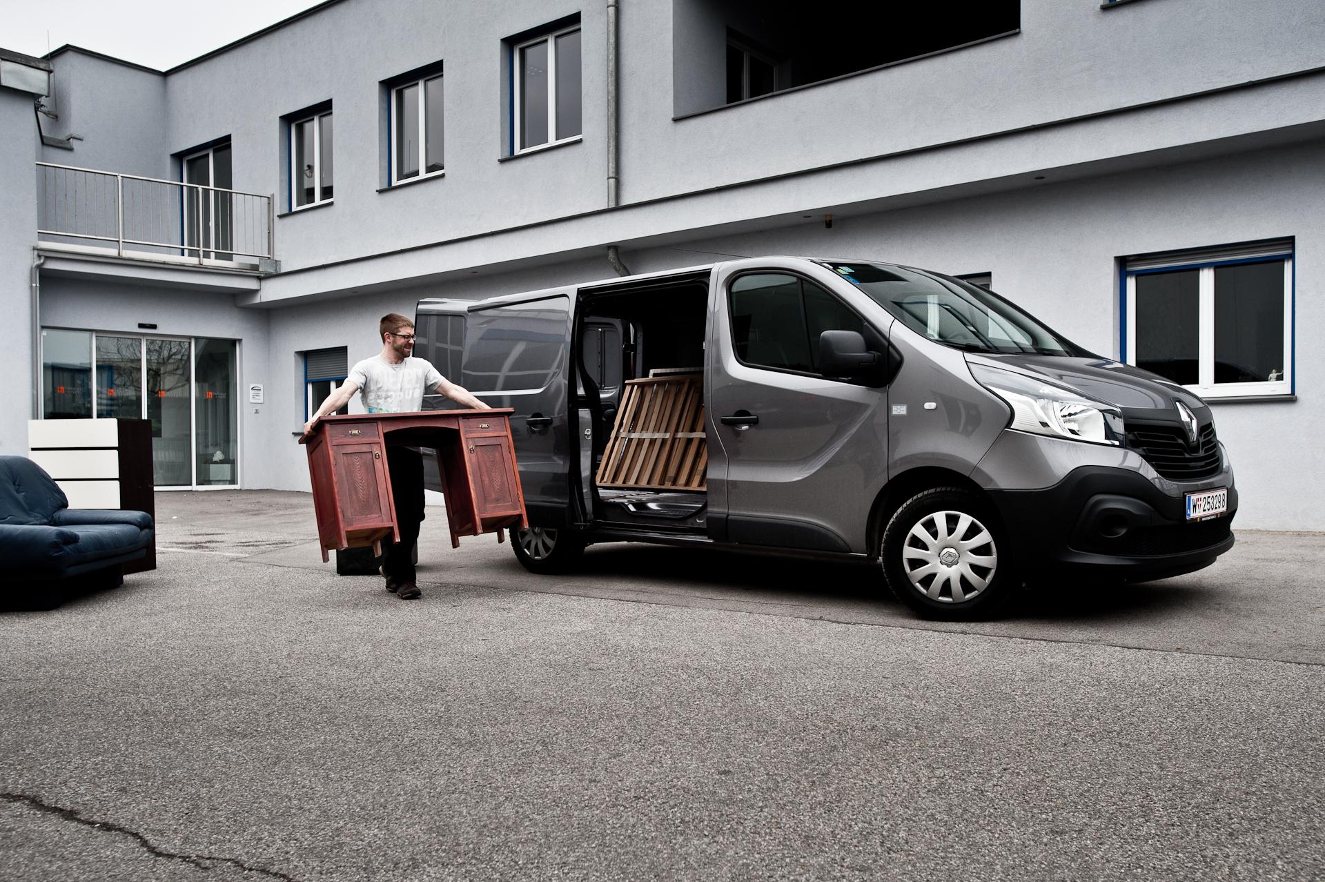 Renault Trafic Im Motorblock Test