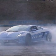 lamborghini-gallardo-police-car-does-donuts-video-93879_1