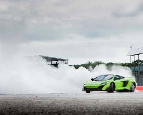 McLaren_675_LT_Drift