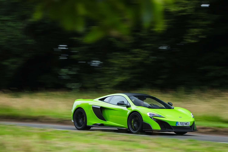 McLaren_675_LT_Seite_Lufteinlass