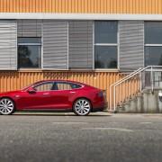 Tesla Model S P85D_13