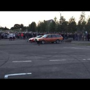 vw passat gegen Ferrari 458
