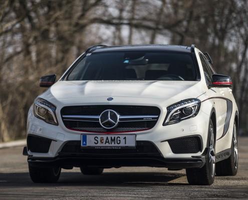 Mercedes-Benz GLA45 AMG_02