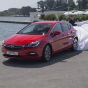 Opel Astra 2015_03