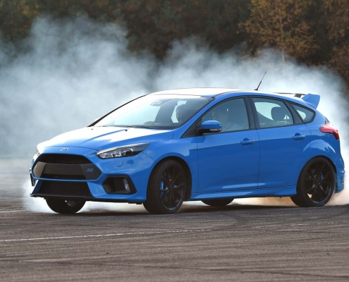 ford-focus-rs-2016-quer