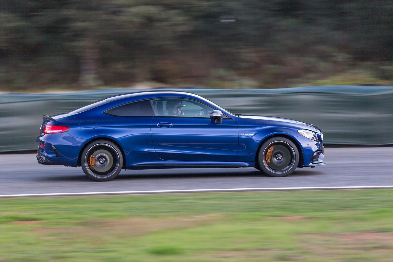 Mercedes-AMG C63S Seitenansicht Silhouette
