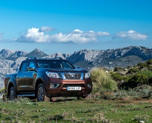 Nissan-Navara-Front-Gebirge
