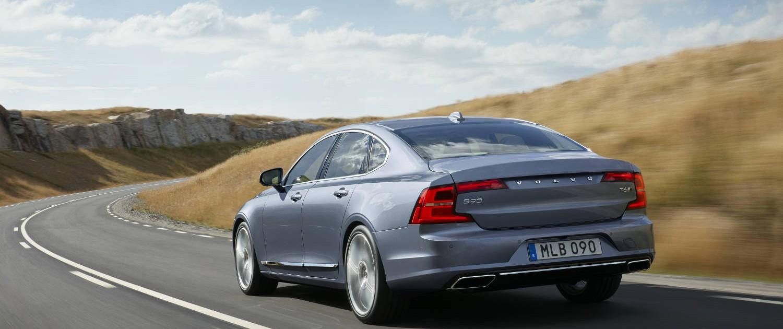 Volvo S90 Heck Auspuff Heckleuchten