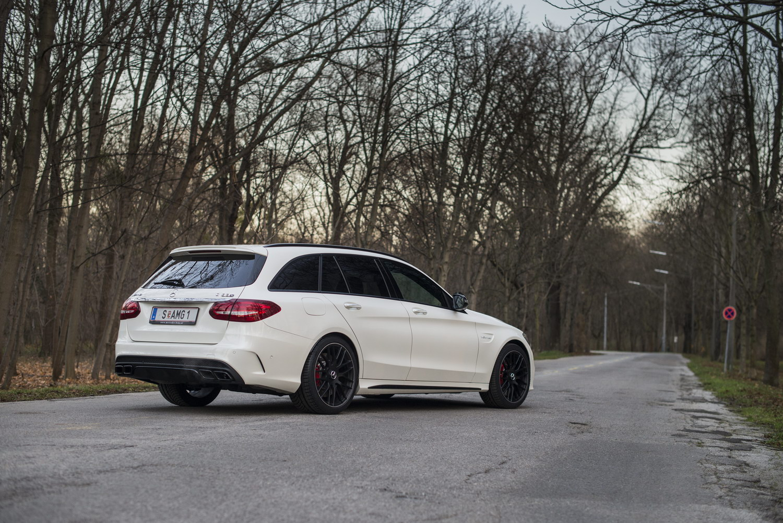 Mercedes-Benz C63 AMG S