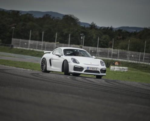 Porsche Cayman GT4_49