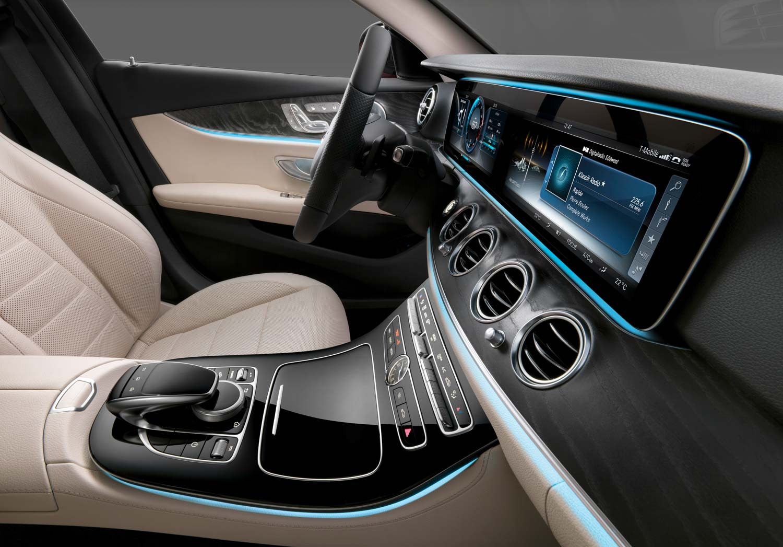 Mercedes Motor Anlassen
