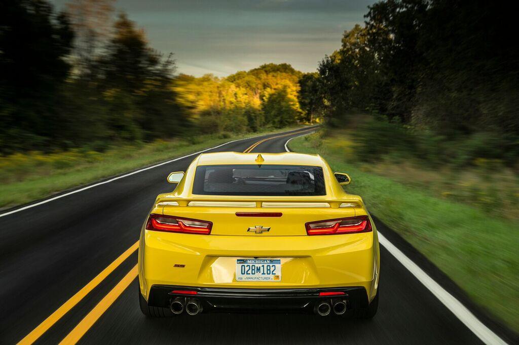 Chevrolet Camaro Heck Spoiler Auspuff