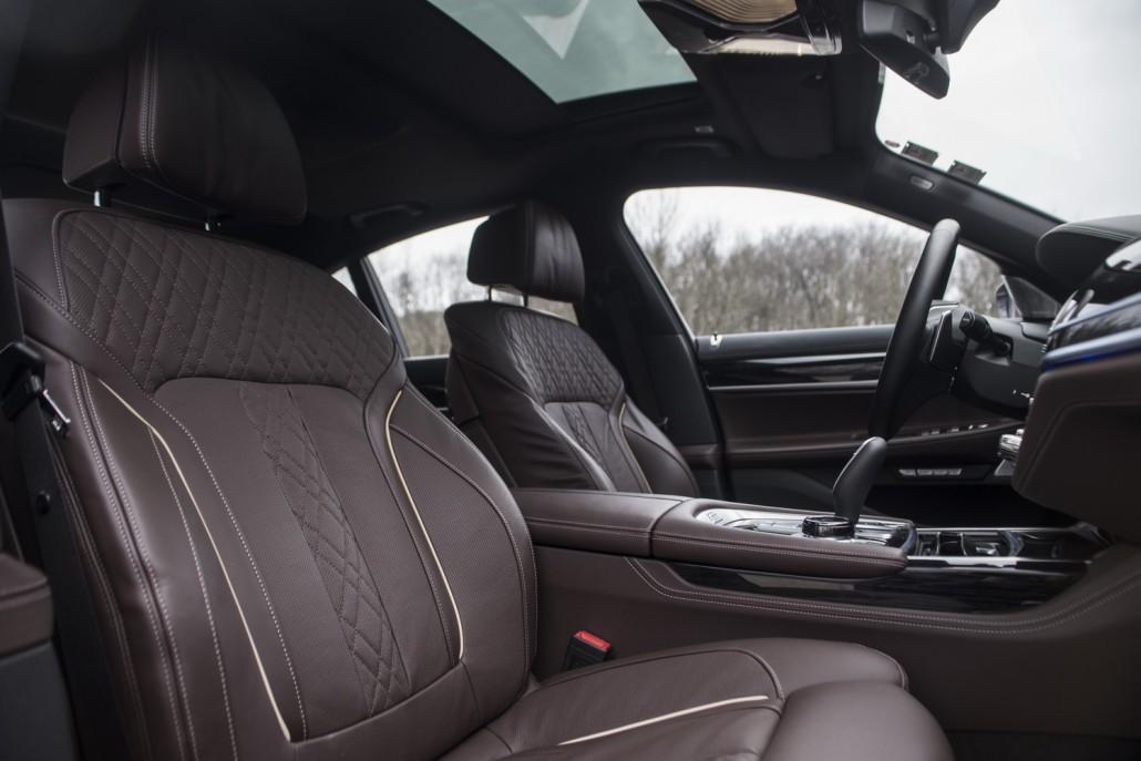 BMW 730d_interior ledersitze