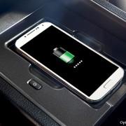2015-Lexus-NX-wireless-charger-technology-429x322-LEXNXGMY150061.01