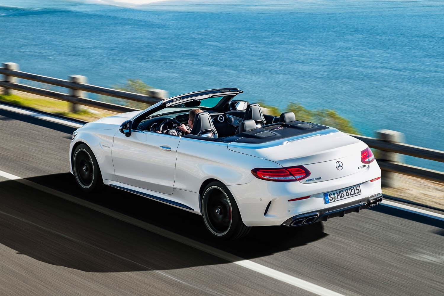 mercedes c 63 amg cabrio sturmwarnung motorblock. Black Bedroom Furniture Sets. Home Design Ideas