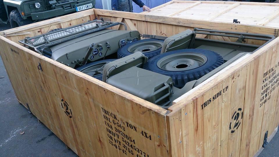 Jeep In A Crate Aus Dem 2ten Weltkrieg Fotos
