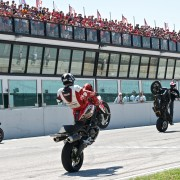 AUFMACHER Ducati WDW 6