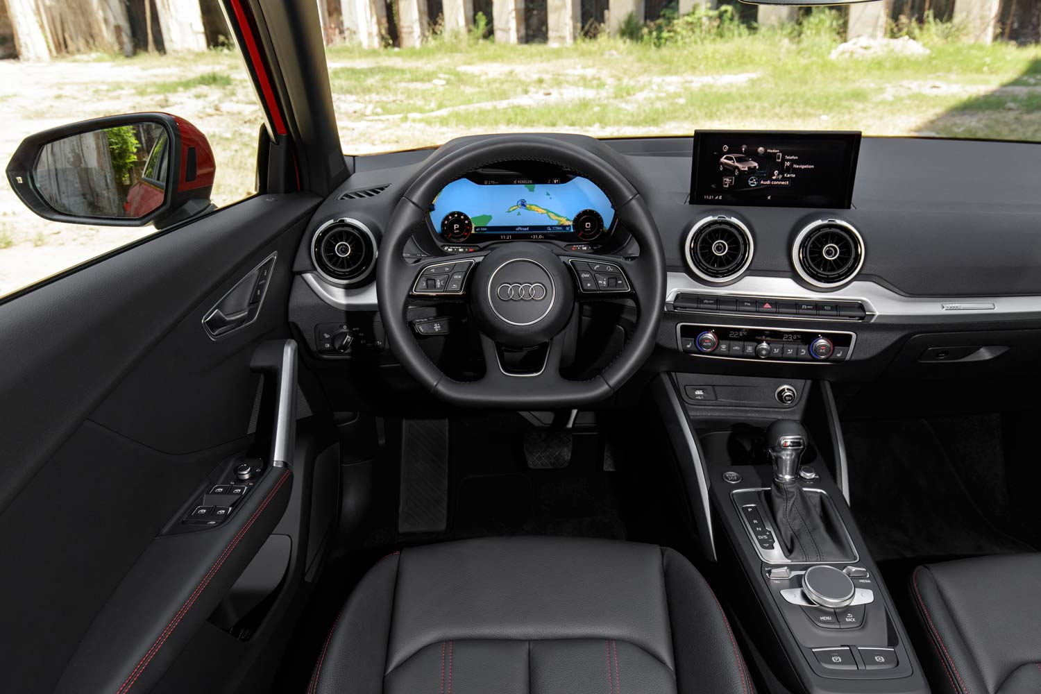 Audi q2 vive la revolution motorblock for Interieur q7