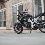 2016 Honda CB650F_14