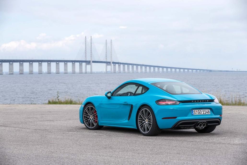 Race Drones Gegen Den Porsche 718 Cayman Video