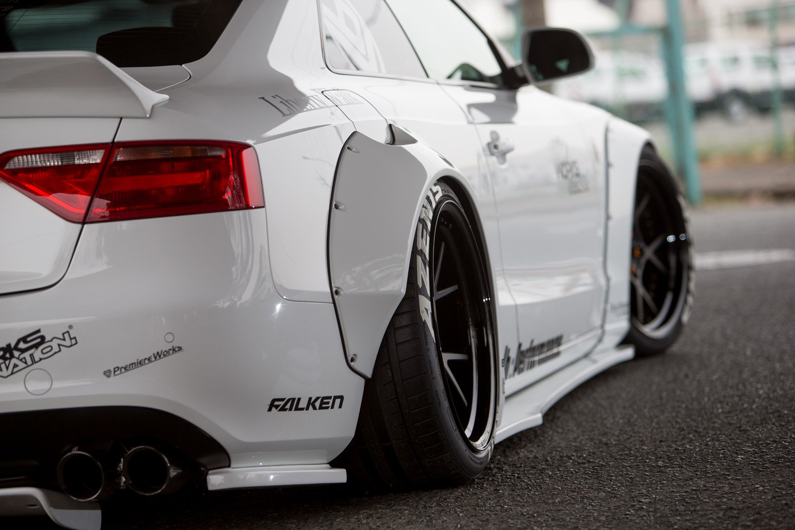 Liberty Walk A5 Tuning Kit Von Godzilla Motorblock