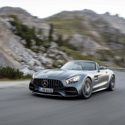 mercedes-amg-gt-roadster-fahrend