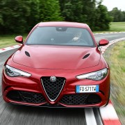 160512_Alfa-Romeo_Giulia-Quadrifoglio_01
