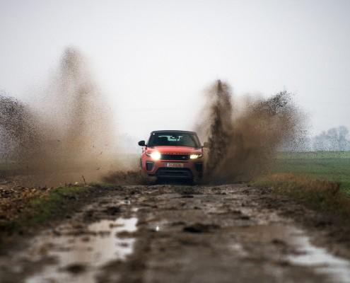 Range-Rover-Evoque-Cabrio-Front-Dynamic