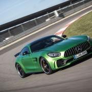 Mercedes-AMG-GT-R-Front-Seite-Felge-Rennstrecke