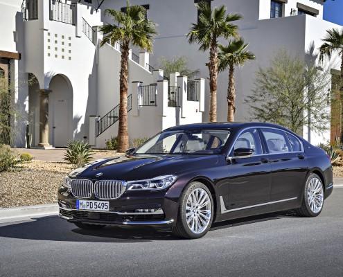 BMW M760Li V12_ 008