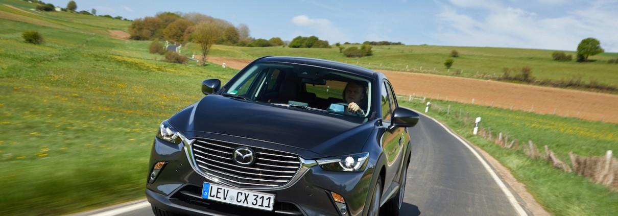 Mazda CX-3_2017_Action (7)