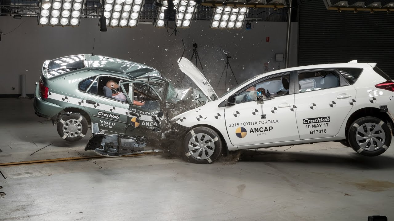 Toyota Corolla Crash Test 1998 Vs 2015