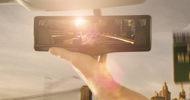 Nissan-Smart-Mirror1