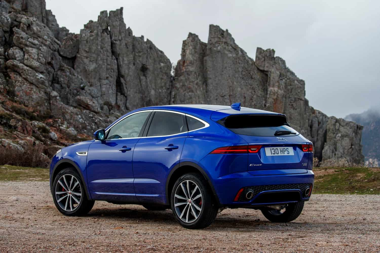 Jaguar E-PACE: Alpenkatze - Motorblock