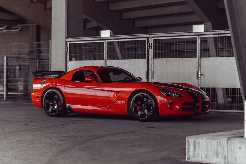 schn ppchen der woche dodge viper srt10. Black Bedroom Furniture Sets. Home Design Ideas