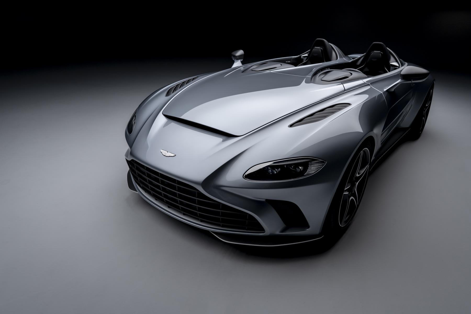 Aston Martin V12 Speedster 300 Km H Ohne Windschutzscheibe